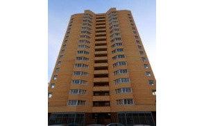 17-ти этажный односекционный монолитный жилой дом